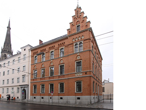 Kirchliche Institutionen